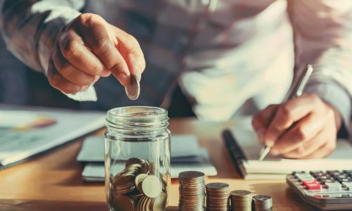 What are the advantages and disadvantages of investing in ELSS mutual funds?